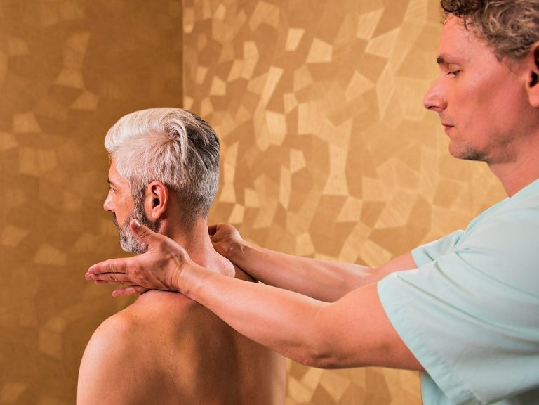 Niké – reflexná masáž chrbta