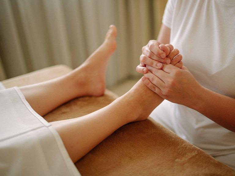 Apollón – reflexná masáž chodidiel / rúk